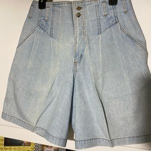 Vintage match super high waisted shorts size 30🌻